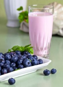 blueberry yogurt and berries